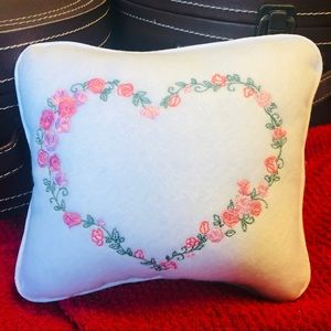 Embroidered Mini Pillow — Heart Wreath